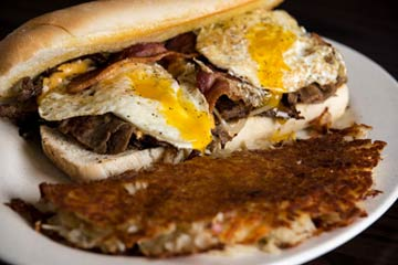 sm-steak-and-eggs-hot-sub-roxbury-crossing